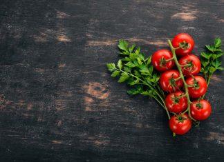 Hva inneholder tomater