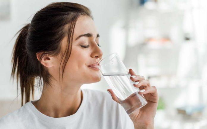 Er det farlig å drikke for mye vann