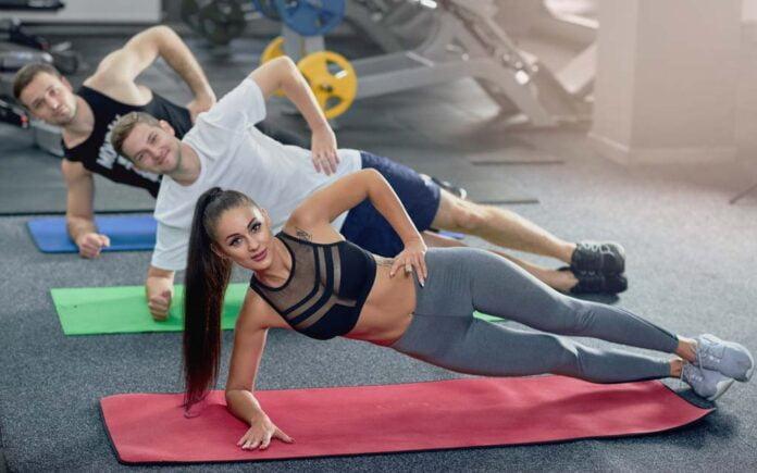 Øvelser for sterk og flat mage