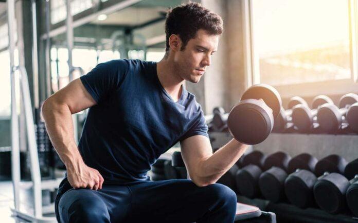 Trene biceps hjemme